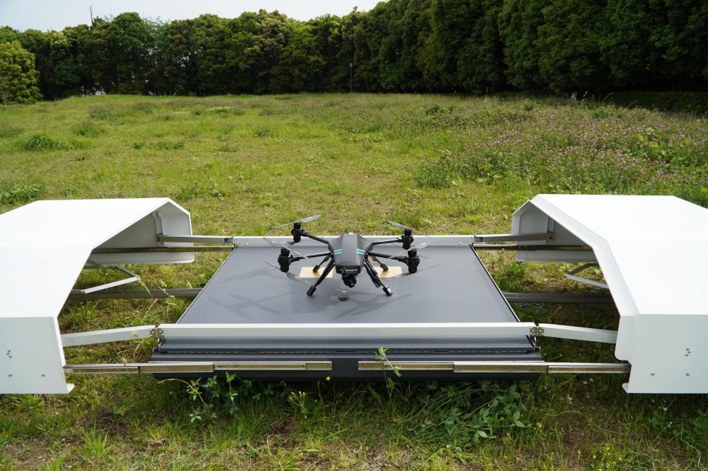 キャンパス内に設置しているSENSYN DRONE HUB
