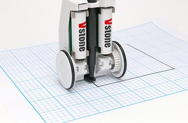 小型筐体ながら安定した図形描画
