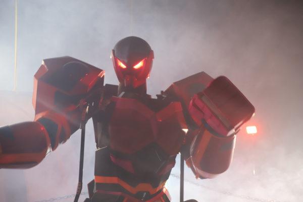 Rfightの赤いロボット